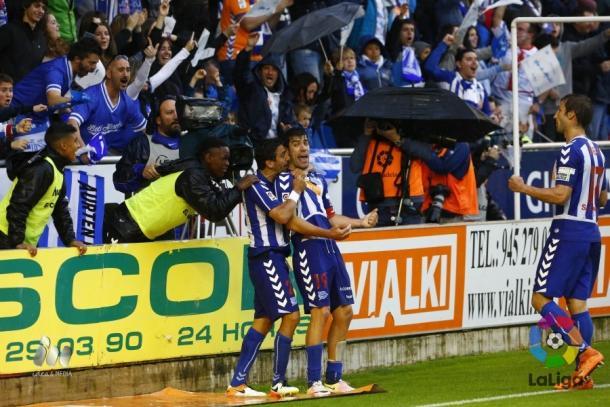 Alavés está de volta à primeira divisão! (Foto: Divulgação/La Liga)
