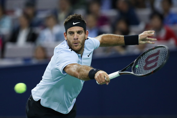 Despite being injured, del Potro still reached the semifinals in Shanghai | Photo: Lintao Zhang/Getty Images AsiaPac