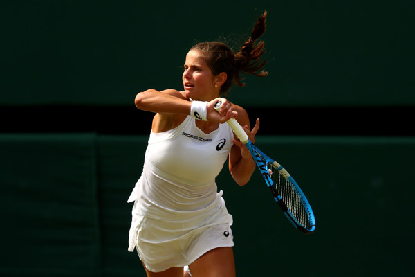 Julia Goerges' forehands were firing but did not help her to cause the upset | Photo: Matthew Stockman/Getty Images Europe