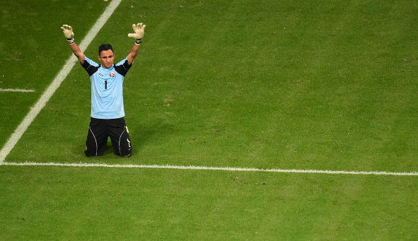 Keylor Navas during a penalty shootout during the 2014 World Cup in Brazil / Laurence Griffiths - Getty Images