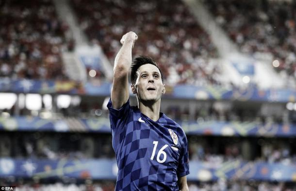 Above: Nikola Kalinić celebrating his goal in Croatia's 2-1 win over Spain | Photo: EPA