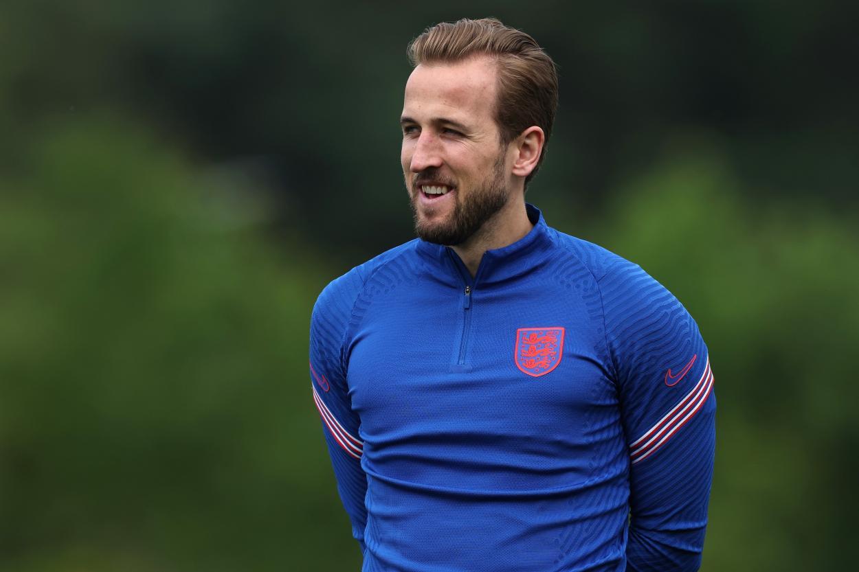 Harry Kane sonríe en la última sesión de entrenamiento | Imagen: @England