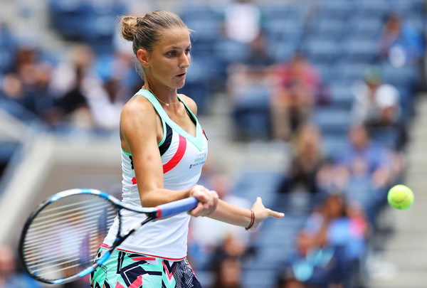 Karolina Pliskova in action during her third-round match against Zhang Shuai at the US Open, prevailing in three sets | Photo: Richard Heathcote/Getty Images North America