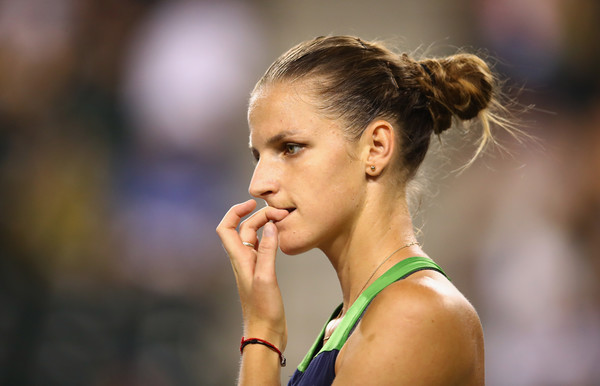 Karolina Pliskova failed to convert her opportunities during both the BNP Paribas Open and Miami Open semifinals, missing out on a golden opportunity to reach her biggest final of the year | Photo: Clive Brunskill/Getty Images North America