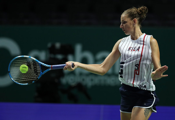 Karolina Pliskova practices in the Singapore Indoor Stadium ahead of the tournament | Photo: Yong Teck Lim/Getty Images AsiaPac