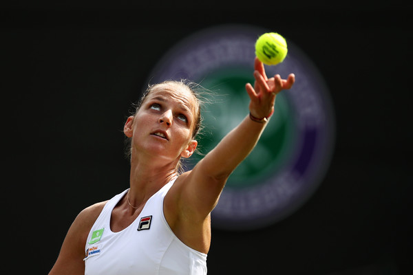 Karolina Pliskova serves during the match | Photo: Julian Finney/Getty Images Europe