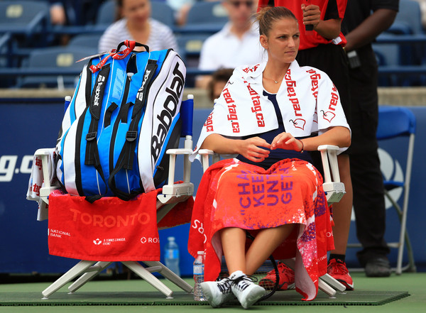 The rain delay totally ruined Karolina Pliskova's momentum in the first set | Photo: Vaughn Ridley/Getty Images North America