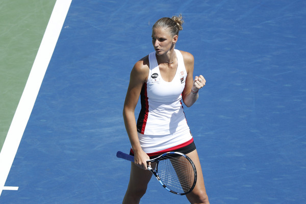 Karolina Pliskova celebrates after winning a point against Angelique Kerber during the final of the 2016 Western & Southern Open. | Photo: Andy Lyons/Getty Images North America