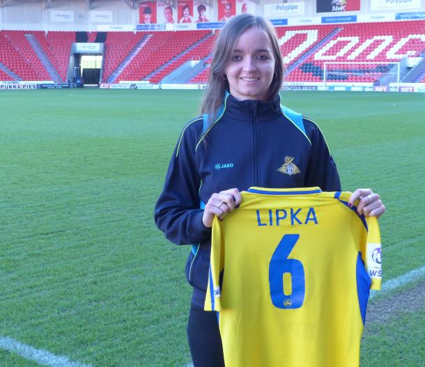 Lipka was delighted to sign on professionally. (Image credit: Doncaster Belles)
