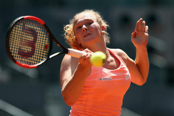 Katerina Siniakova hits a forehand | Photo: Julian Finney/Getty Images Europe