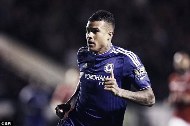 Kenedy in action as he adapts to a new role at Chelsea FC | photo: Daily Mail