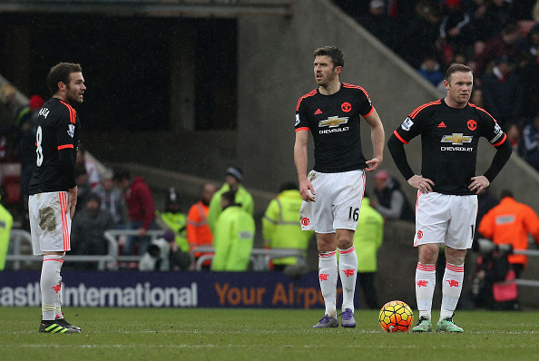 Captain and vice-captain Rooney and Carrick in despair at Sunderland | Photo: Matthew Peters/Manchester United