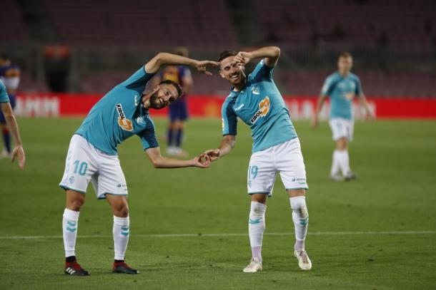 Kike Barja celebrando un gol junto a Roberto Torres   Fuente: Osasuna