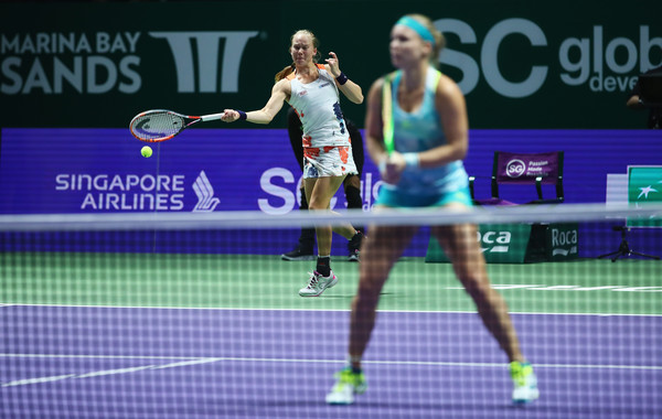 Larsson and Bertens in action at the WTA Finals | Photo: Clive Brunskill/Getty Images AsiaPac