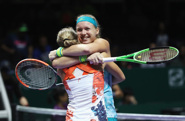 Bertens and Larsson celebrates the hard-fought win | Photo: Matthew Stockman/ AsiaPac