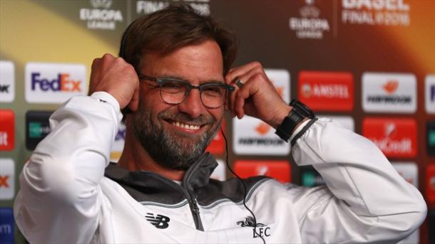 Klopp prometeu total entrega do Liverpool para voltar à Inglaterra com a taça (Foto: Getty Images)