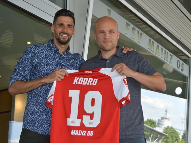 Kenan Kodro with Rouven Schröder. | Photo: 1. FSV Mainz 05.