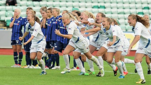 The players from Kolbotn will be hoping they can celebrate something at the end of their game with Medkila. Source: Vegeir Kjærstad / Støtt Norsk Kvinnefotball
