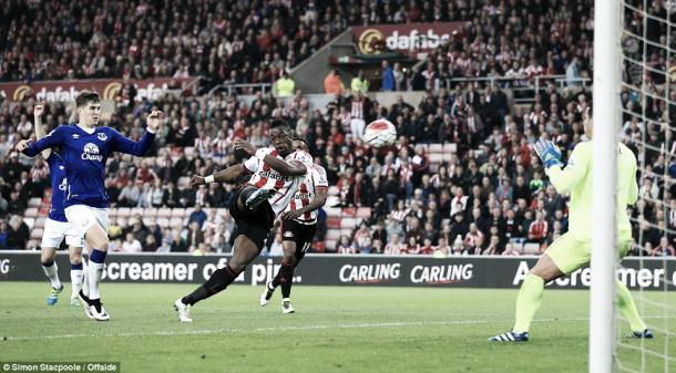 Above: Lamine Kone in action during Sunderland's 3-0 win over Everton | Photo: Simon Stacpoole / Offside