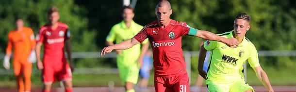 Captain Kulovits in action for Sandhausen. | Image credit: SVS