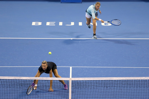 Kveta Peschke and Anna-Lena Groenefeld in action at the China Open | Photo: Emmanuel Wong/Getty Images AsiaPac