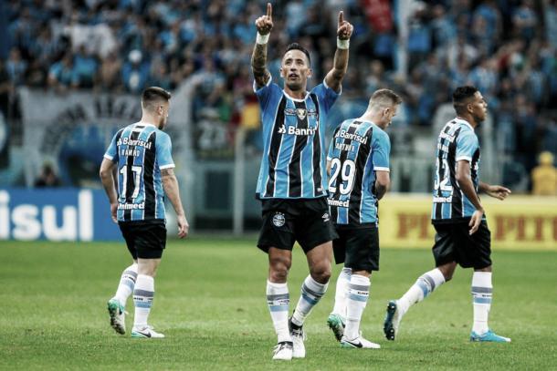Destaque, Lucas Barrios deve ser uma das baixas de Renato Gaúcho (Foto: Lucas Uebel/Grêmio FBPA)
