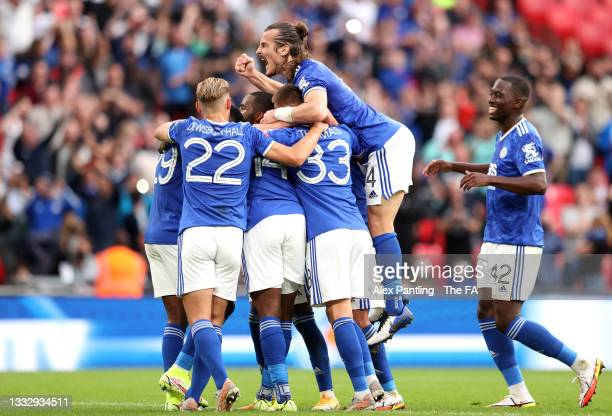 <strong><a  data-cke-saved-href='https://vavel.com/en/football/2021/08/07/leicester-city/1081284-manchester-city-vs-leicester-city-2021-facommunity-shield-preview.html' href='https://vavel.com/en/football/2021/08/07/leicester-city/1081284-manchester-city-vs-leicester-city-2021-facommunity-shield-preview.html'>Leicester City</a></strong> celebrate after Kelechi Iheanacho scores the winner at Wembley   Credit: Alex Pantling   Getty Images