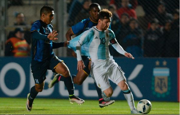It is still not known if Lionel Messi (right) will play against Panama | Claudio Gutierrez - LatinContent/Getty Images