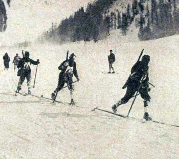 Patrulla Militar suiza en los Juegos de Invierno de Chamonix de 1924. PD.