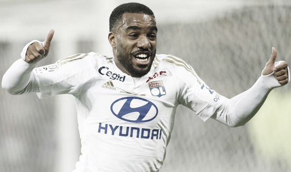 Above: West Ham target Alexandre Lacazette in action for Lyon | Photo: Getty Images