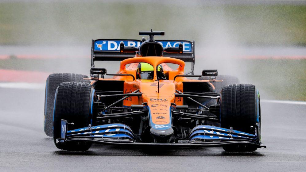 Lando Norris conduciendo su McLaren. FUENTE: F1