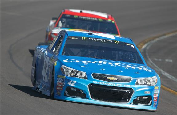 Larson drives during the race. (Brian Lawdermilk/Getty Images)