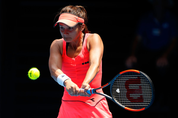 Lauren Davis in action during the match | Photo: Scott Barbour/Getty Images AsiaPac