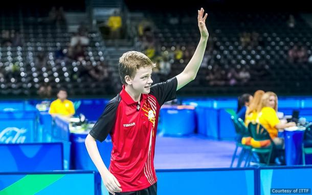 Devos acknowledging the crowd after his triumph in Rio | Photo: ITTF