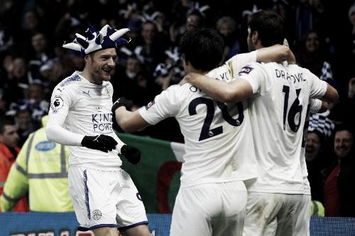 Los jugadores del Leicester festejan e gol de Mahrez ante el Watford. Foto: Sitio oficial de la Premier League