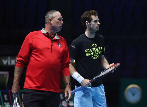 Ivan Lendl (left, in red) and Andy Murray during a practice at the ATP World Tour Finals. Photo: Julian Finney/Getty Images