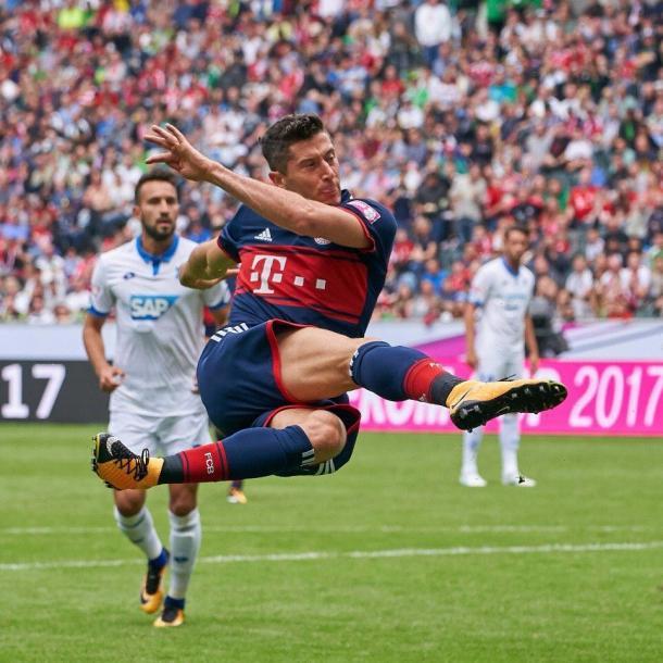 Lewandowski na primeira partida do Bayern na TelekomCup (Foto: Divulgação/FCBayernUS)