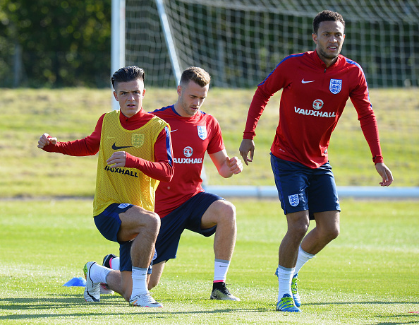Lewis Baker (R) training prior to opening game | Photo: Tom Marshall/Getty