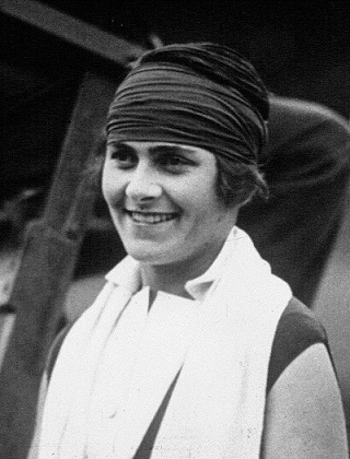 Lili Álvarez en la final femenina de Wimbledon en 1926. PD.
