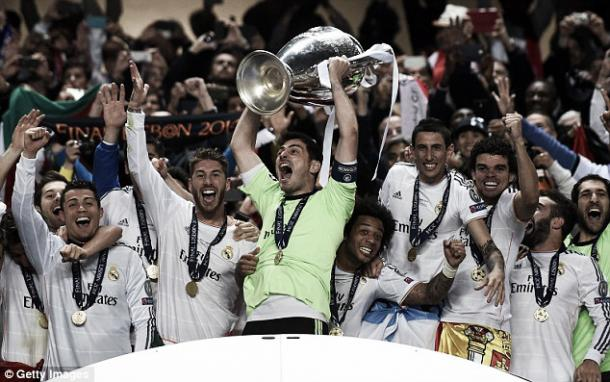 Above: Iker Casillas lifting the Champions League trophy after Real Madrid's 4-1 victory over Atletico Madrid in 2014 | Photo: Getty Images