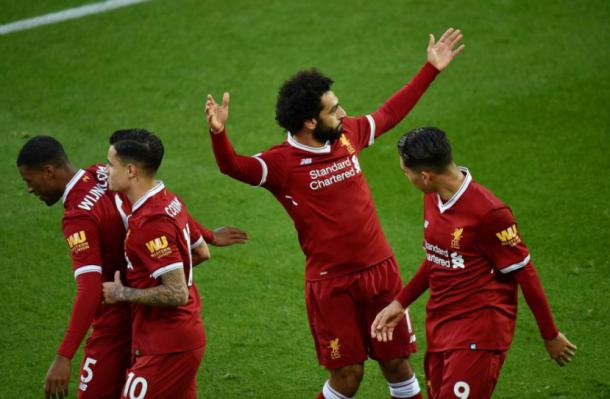 Salah y sus compañeros celebrando el gol | Foto: Premier League