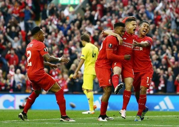 L'esultanza di gruppo dei Reds dopo l'1-0. | VAVEL.