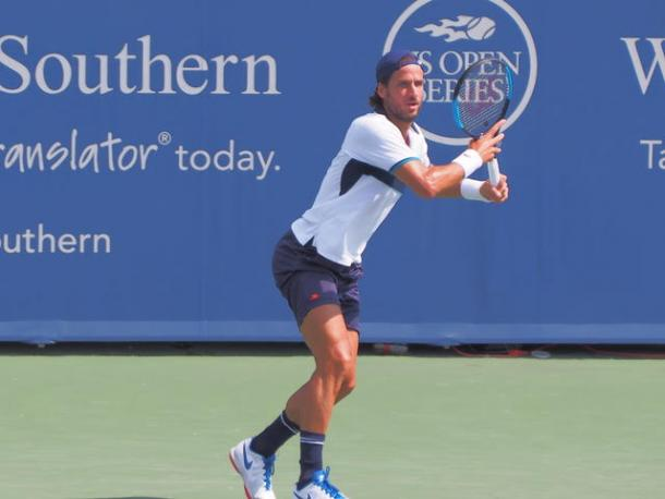 Feliciano Lopez lines up a forehand during his loss in Cincinnati. Photo: Noel Alberto