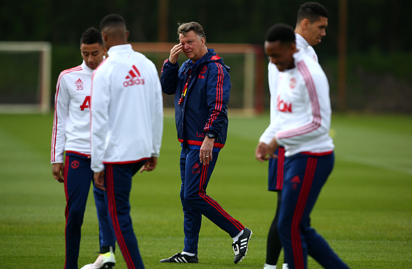 Louis van Gaal in training ahead of the FA Cup Final | Photo: Dave Thompson/Getty Images Sport