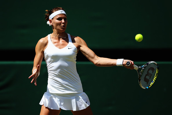 Lucie Safarova in action during her first and only Wimbledon semifinal of her career | Photo: Jan Kruger/Getty Images Europe