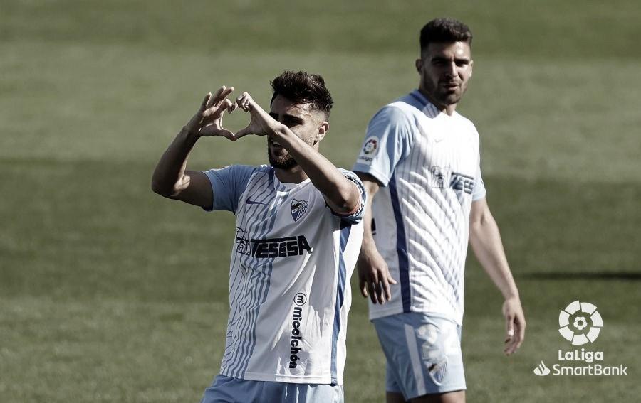 Luis Muñoz celebrando su tanto en el partido de hoy en La Rosaleda. / Foto: LaLiga.