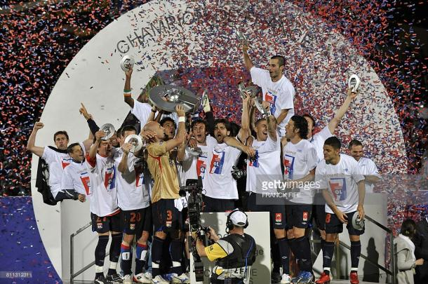 Lyon celebrate their 2008 title. Source | Getty Images.