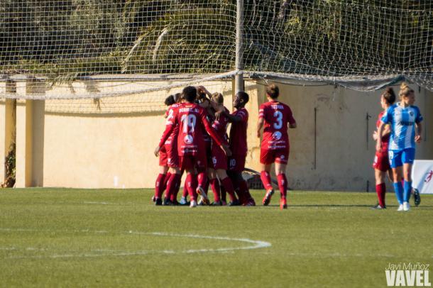 El EDF Logroño celebrando el gol. | Foto: Javi Muñoz (VAVEL)