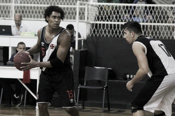 Márcio foi o grande destaque do primeiro duelo (Foto: Paulo Fernandes/Vasco.com.br)