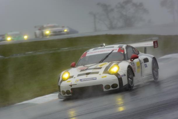 Petit Le Mans 2015: Vitória no geral em cima dos pesados DP. (Foto: Porsche AG)